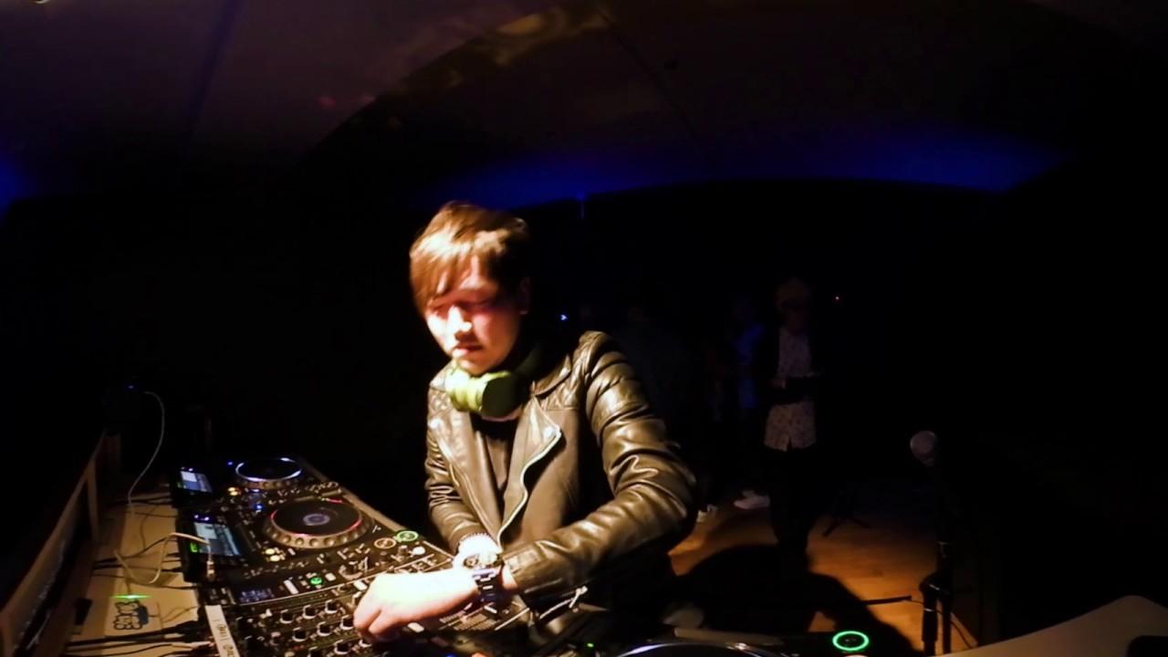 360° TeddyLoid DJ Play