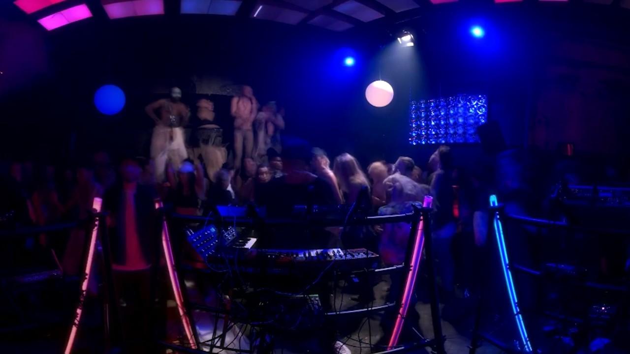 Boiler Room & Google Pixel – VR Dancefloors: Techno in Berlin 360 Film